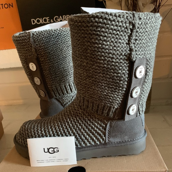 52ba0477163 💥UGG PURL CARDY KNIT BOOT-Size 8 NWT